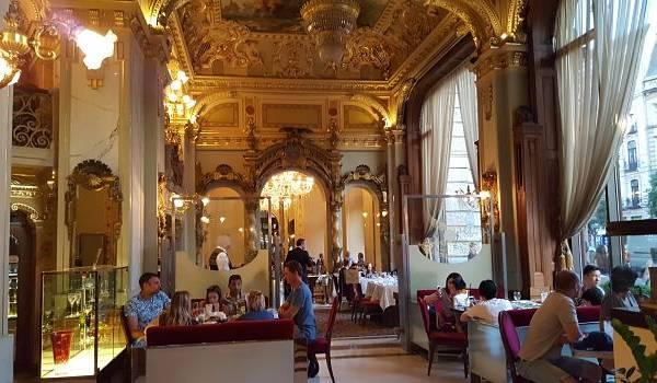 El café más bonito del Mundo está en Budapest